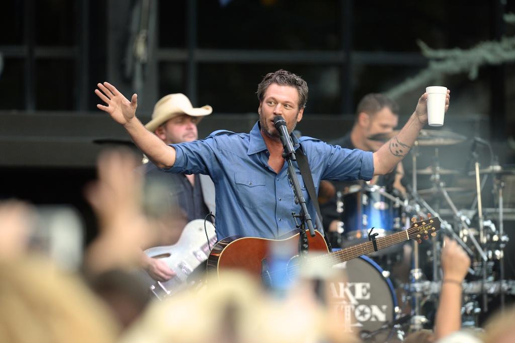 Recording Artist Blake Shelton performs at Warner Music Nashville's