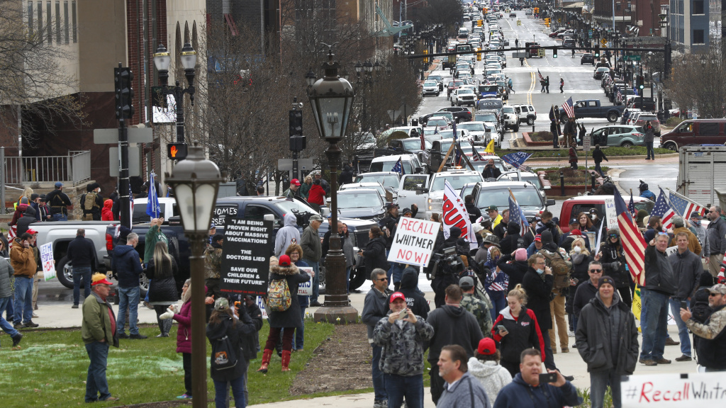 michigan stay at home order prompts honking traffic jam protest 89 3 kpcc kpcc