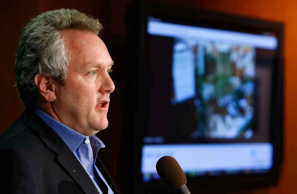 Andrew Breitbart holds a news conference at the National Press Club October 21, 2009 in Washington. Breitbart, who died in 2012, founded Breitbart.com in 2007.