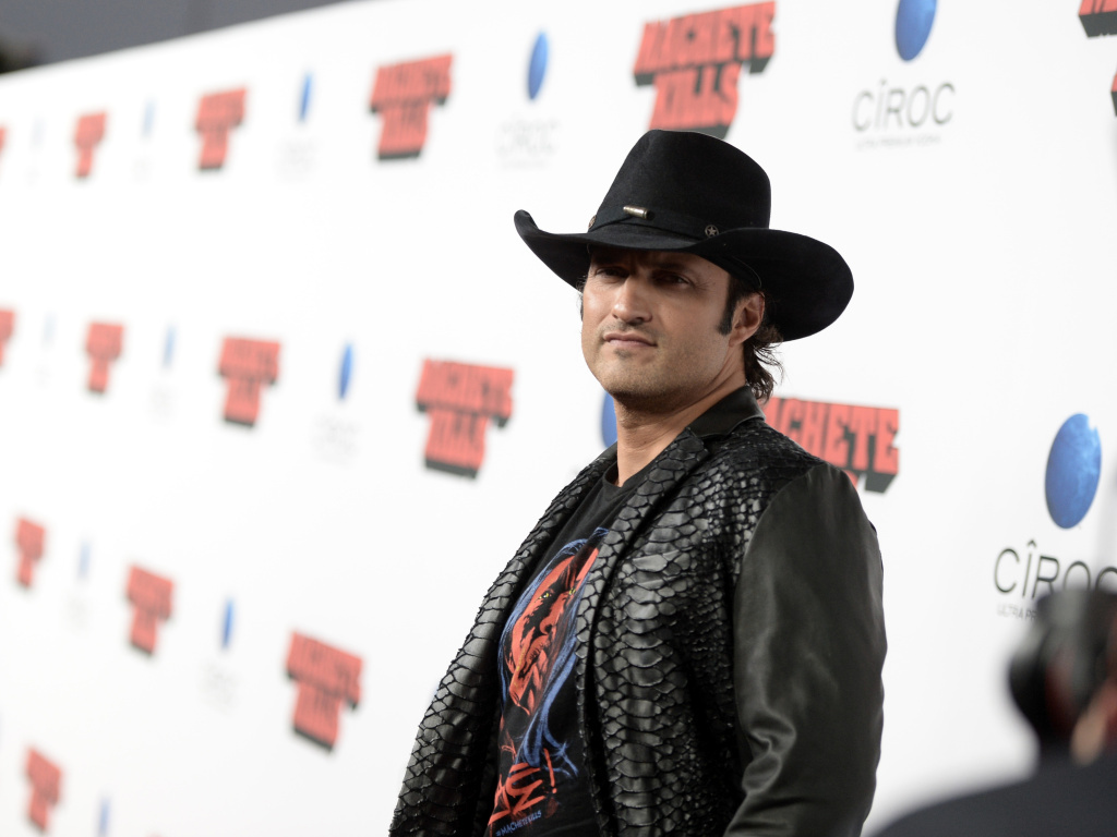 El Rey, which will be targeting a young Latino audience, is being spearheaded by filmmaker Robert Rodriguez, shown at the premiere of his recent film