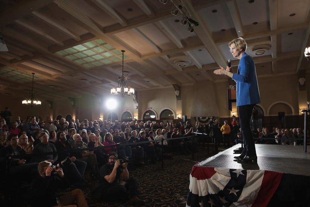Sen. Elizabeth Warren (D-Mass.) speaks at a campaign event at the University of Iowa in Iowa City last month.