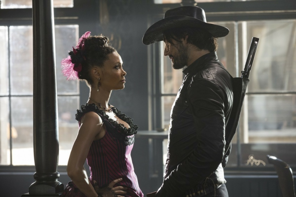 Thandie Newton and Rodrigo Santoro in