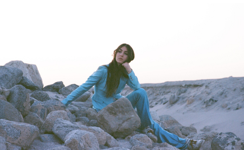 Weyes Blood releases its latest album
