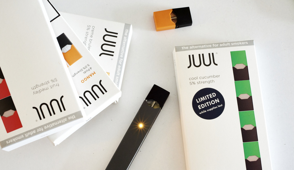 A variety of Juul pods.