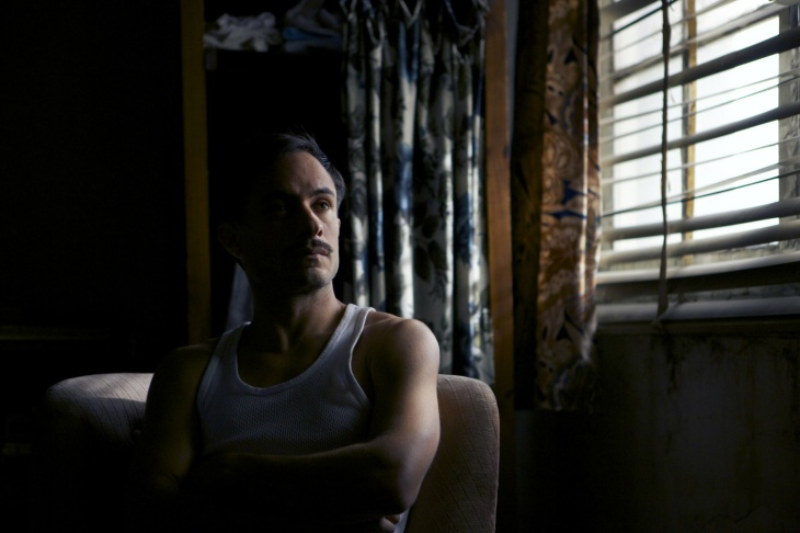 Gael García Bernal plays a detective on the hunt for Chilean poet Pablo Neruda in