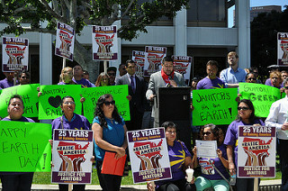 Unionized janitors call for more environmental cleaning practices at Union Bank Plaza on April 22, 2016.