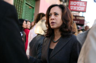 San Francisco District Attorney Kamala Harris speaks to supporters before a No on K press conference October 29, 2008 in San Francisco, California.