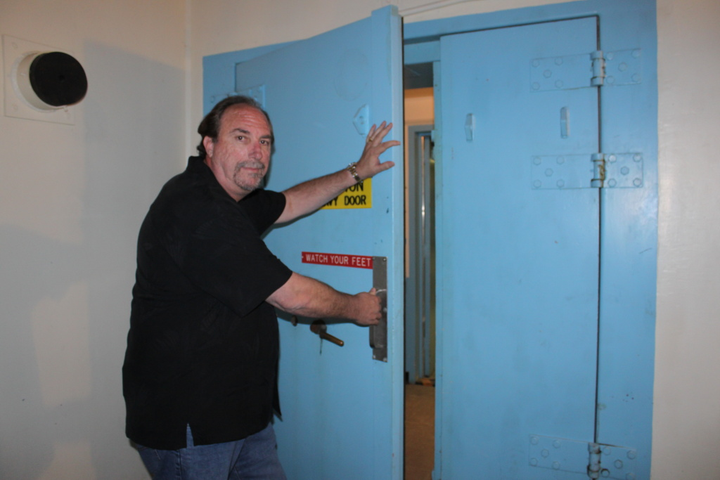 San Diego Businessman Selling Spaces In Mojave Doomsday Bunker