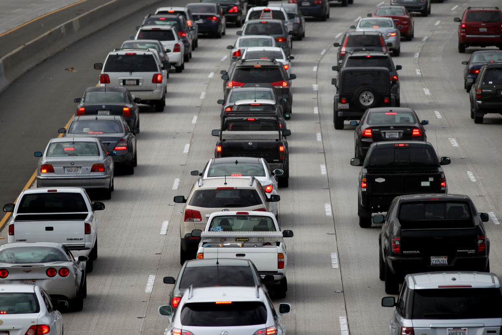 Morning traffic fills the 2 freeway on April 25, 2013 in Los Angeles, California.