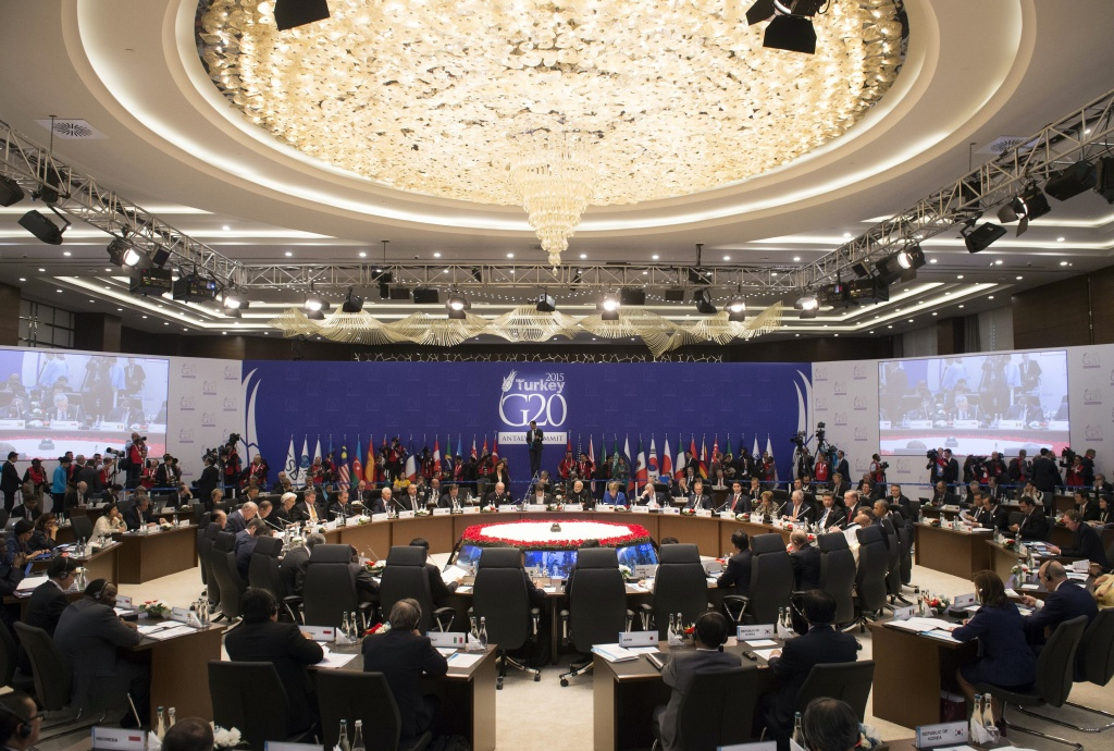 World leaders attend a working session on the Global Economy during the G20 summit in Antalya, on November 15, 2015. Leaders from the world's top 20 industrial powers meet in Turkey from November 15 seeking to overcome differences on a range of issues including the Syria conflict, the refugee crisis and climate change.