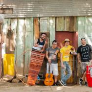 The Nicaraguan band La Cuneta.