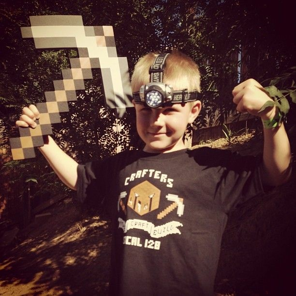 Beau Yarbrough (@LBY3) shared this Minecraft-themed costume. If you take a closer look, this axe was not pixelated in post-production.