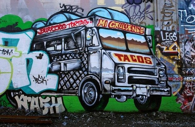 The taco truck as mural art, April 2006