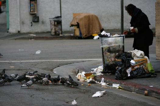 Los Angeles To Allow Homeless To Sleep On Sidewalks