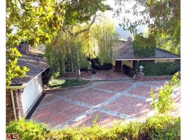 In 1996 the Beatles rented this 4,330 square foot house from Zsa Zsa Gabor during their North American Tour. It is on the market for over $3 million.