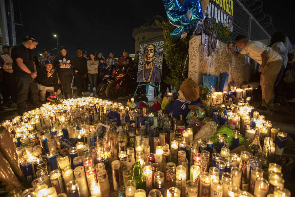 People mourn for rapper Nipsey Hussle on April 1, 2019 in Los Angeles, California.