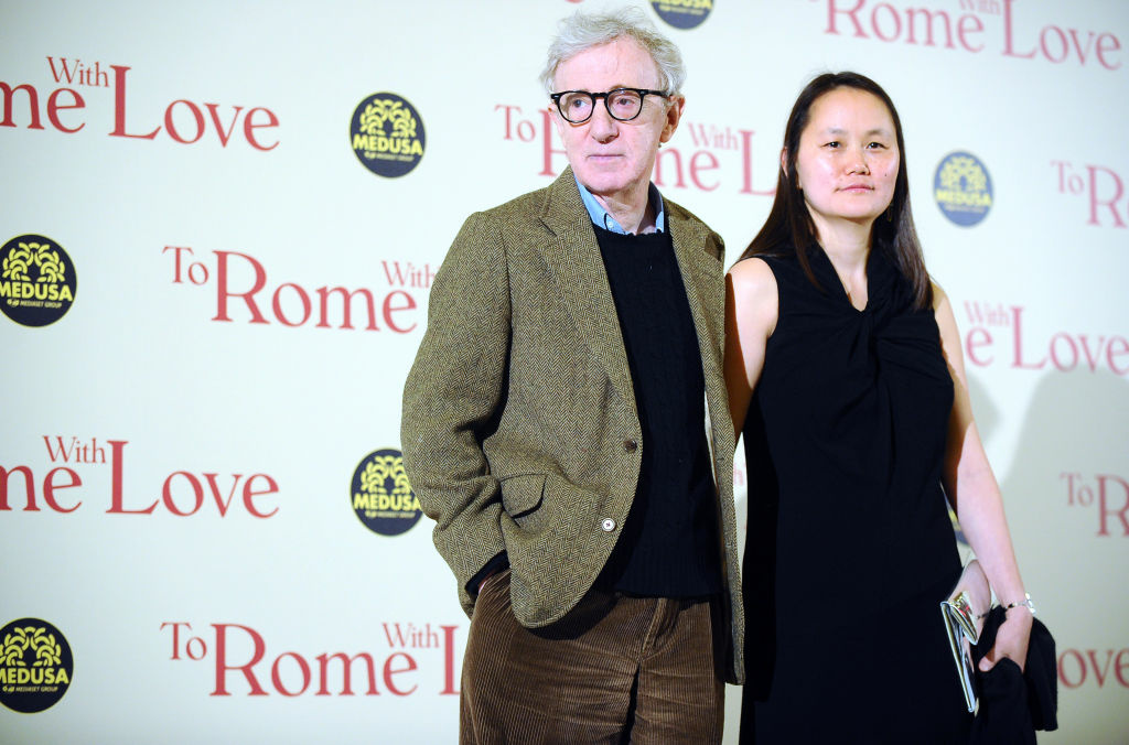 US film director Woody Allen arrives with his wife Soon-Yi at the premiere of his last film