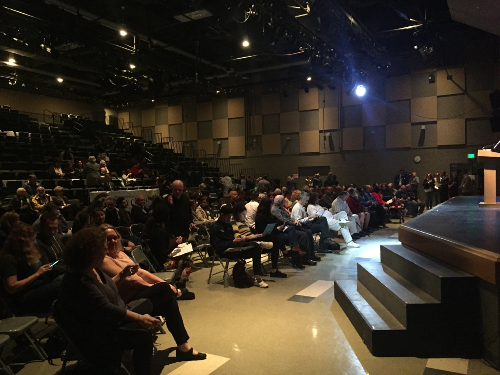 An audience fills the auditorium at Cezar E. Chavez Learning Academies in San Fernando Tuesday night to listen to 29th District Representative Tony Cárdenas