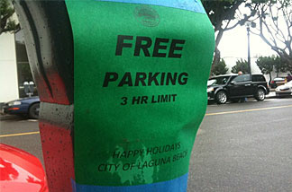 A parking meter in Laguna Beach gets into the holiday spirit.