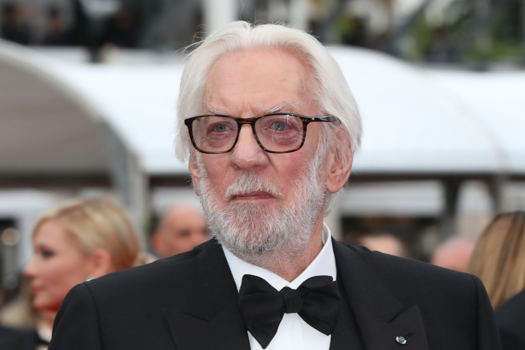 Canadian actor and member of the Jury Donald Sutherland arrives on May 11, 2016 for the opening ceremony of the 69th Cannes Film Festival in Cannes, southern France.