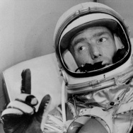 ASTRONAUT SCOTT CARPENTER