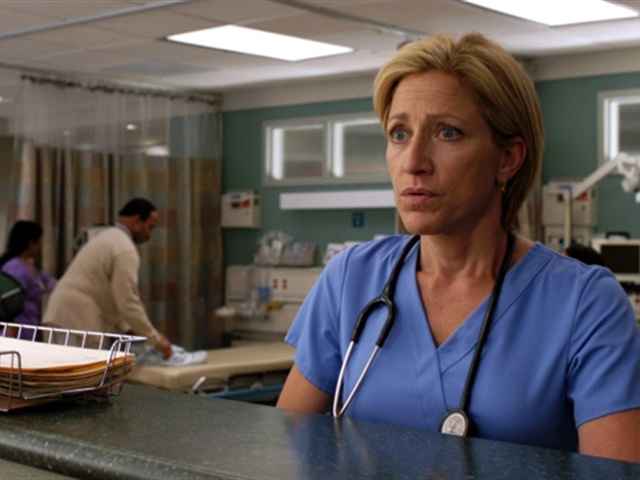 "Showtime's ""Nurse Jackie"" returns this Sunday."