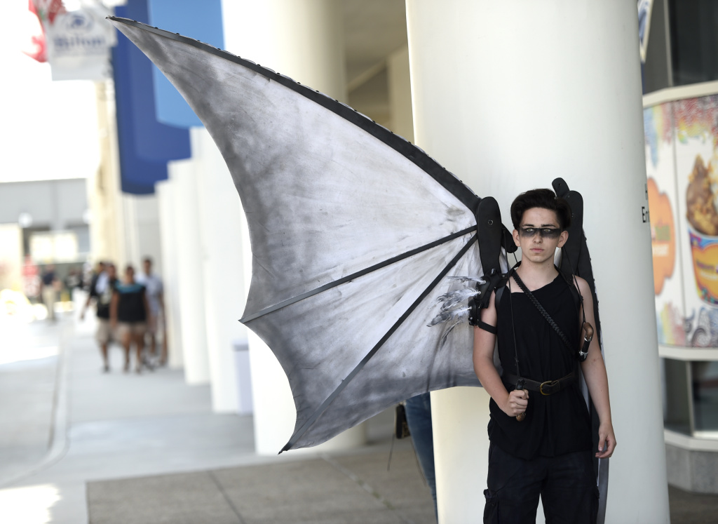 Colby Bingham of San Diego, wears a costume he designed himself on day one of Comic-Con International on Thursday, July 20, 2017, in San Diego. (Photo by Chris Pizzello/Invision/AP)
