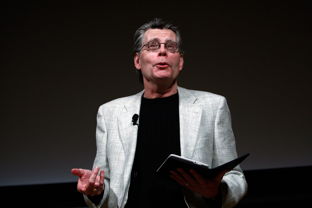 Author Stephen King reads from his novella