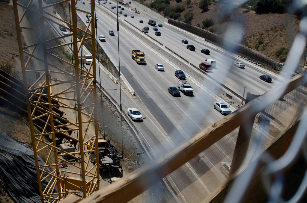 Motorists drive down the 405 Freeway where closures will occur from Interstate 10 to the 101 Freeway, northbound, and from the 101 Freeway to Getty Center Drive, southbound, during the demolition of the north side of the Mulholland Drive bridge Saturday to Sunday in Los Angeles, Calif., Tuesday, September 25, 2012.