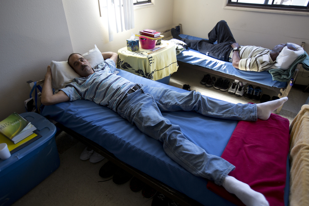 Homeless shelters struggle to fit into neighborhoods | 89 ...