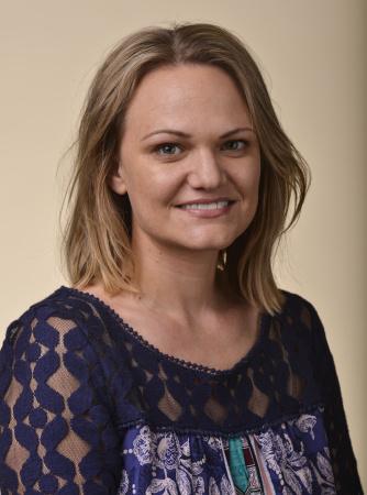 Andrea Gardner headshot