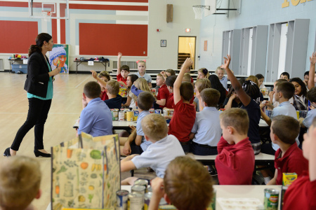 Feeding America And Akron-Canton Regional Food Bank Host Hungry To Help Lesson Plan For Students At Ohio Elementary School