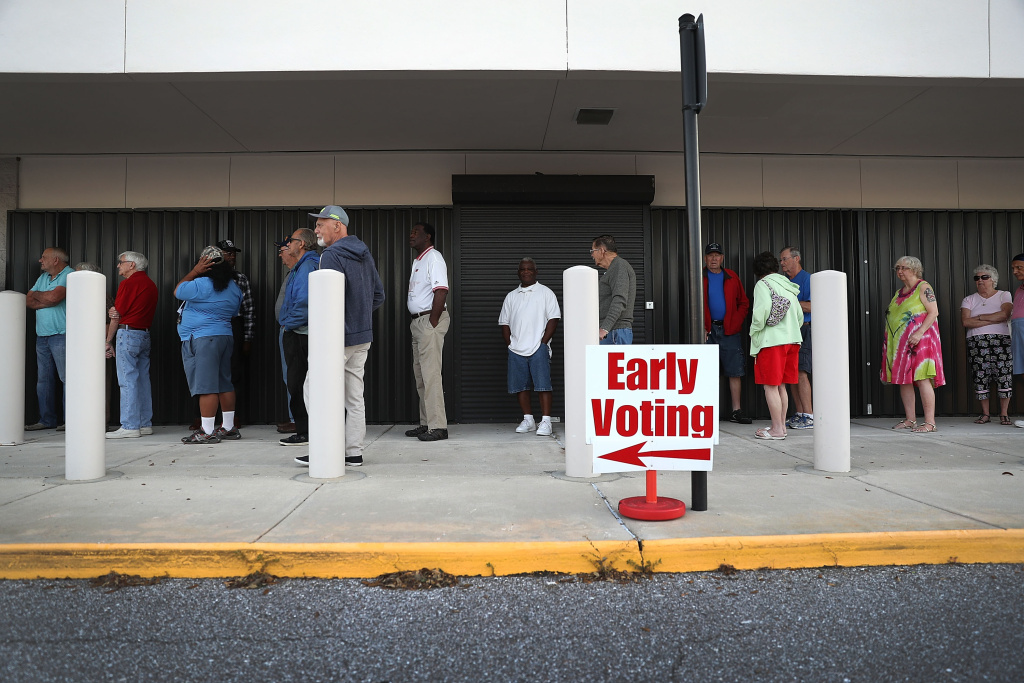 Voters line up to vote early at the Supervisor of Elections office on October 24, 2016 in Bradenton, Florida. Early general election voting started in the state of Florida on October 24 and ends on either November 5 or Nov 6.