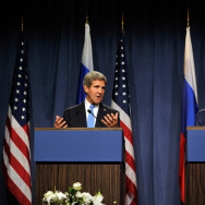 US Secretary of State John Kerry (L) and Russian Foreign Minister Sergey Lavrov speak to the press at the Hotel Intercontinental on September 12, 2013 in Geneva, Switzerland.