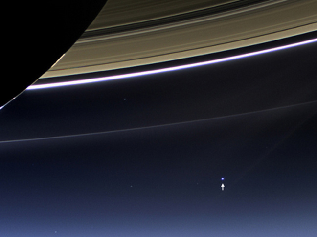 saturn wave earth pic