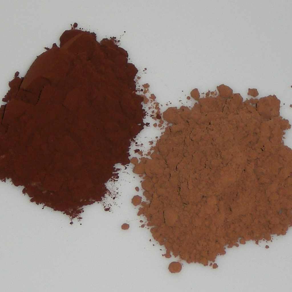 Dutch process cocoa on the left and natural cocoa on the right.