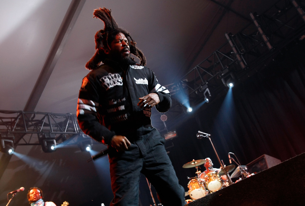INDIO, CA - APRIL 27:  Rapper Murs performs during day 3 of the Coachella Valley Music and Arts Festival at the Empire Polo Field on April 27, 2008 in Indio, California.  (Photo by Michael Buckner/Getty Images)