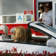 Britney Spears Eats Fast Food