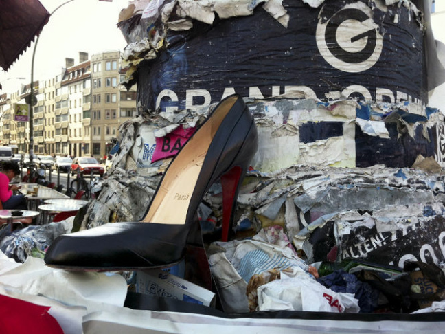 Berlin's lampposts bristle with fliers and notices, and Berliners read them avidly. For one resident, the lamps were a natural place to turn when she lost a beloved shoe.