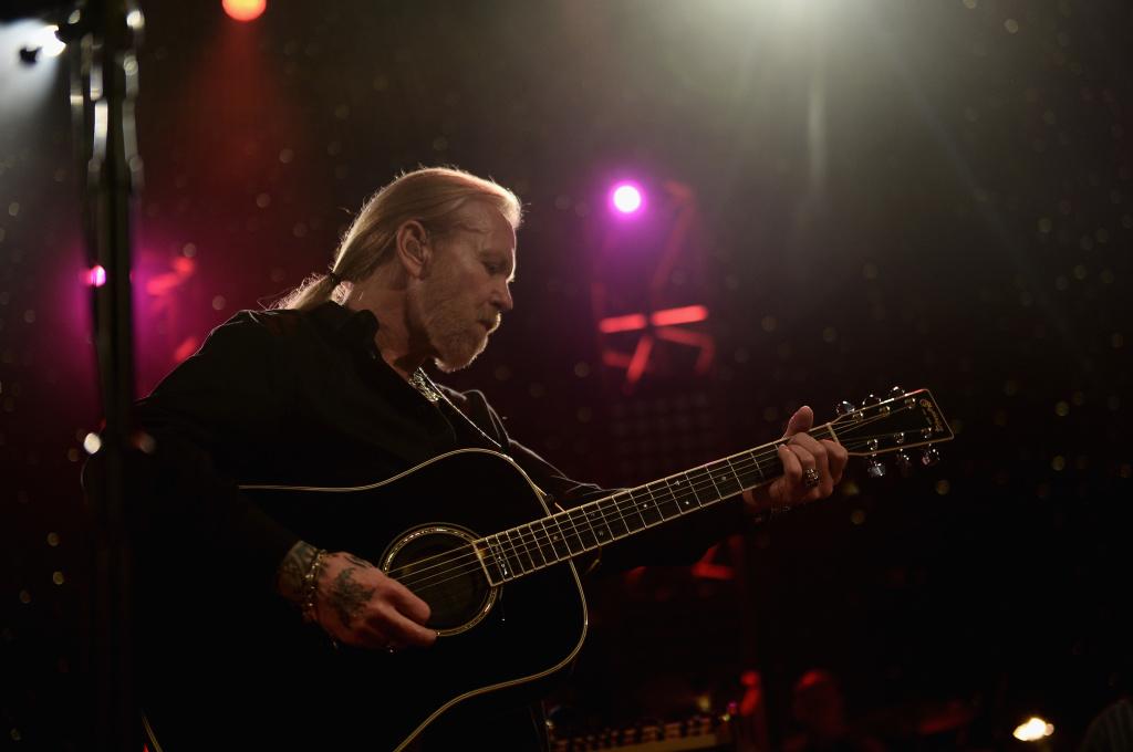 Gregg Allman performs during