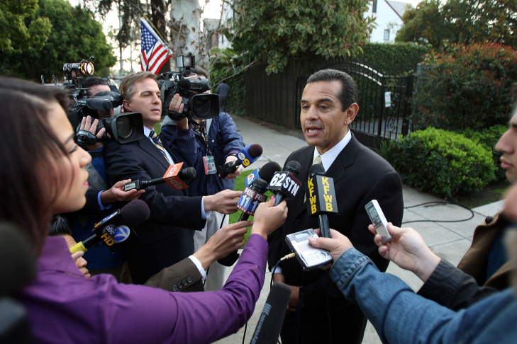 Mayor Antonio Villaraigosa Votes Election As He Tries For Second Term