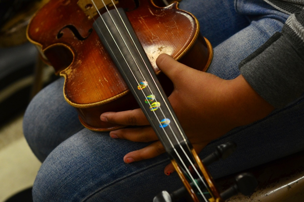 Elementary students at Wilshire Crest lost their orchestra teacher for second semester due to enrollment changes.