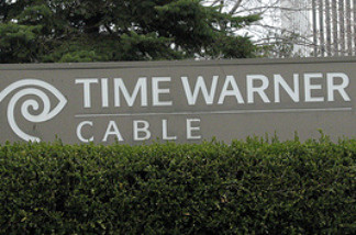 Time Warner and Fox rumble, could it cost viewers their cable?