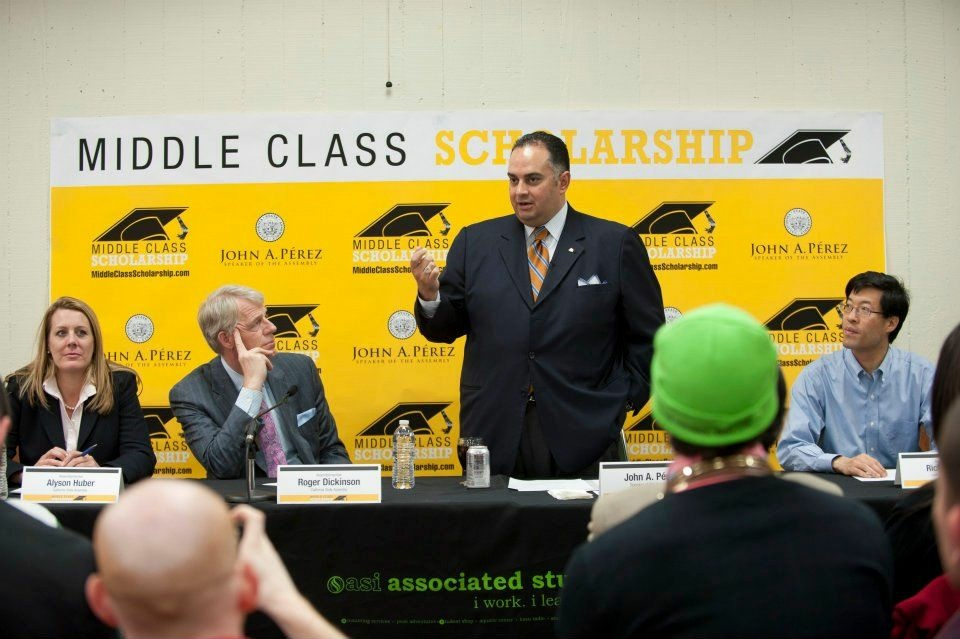 John Perez promotes the Middle Class Scholarship Act in Sacramento