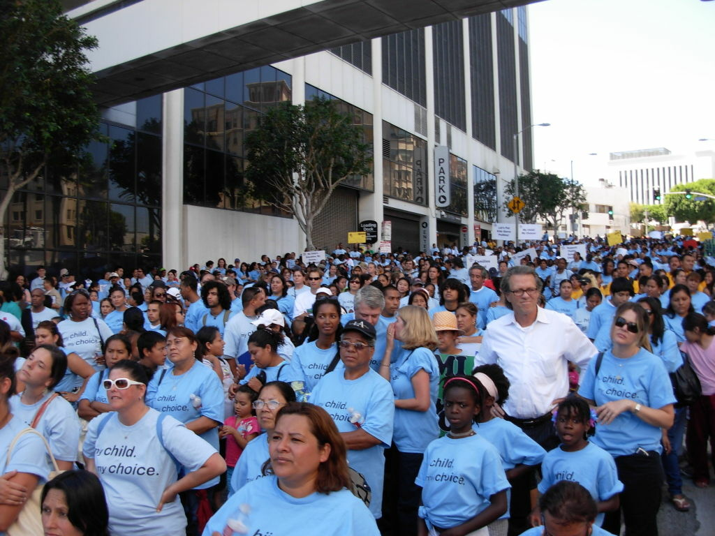 Charter schools supporters rally for L.A. Unified reform plan.