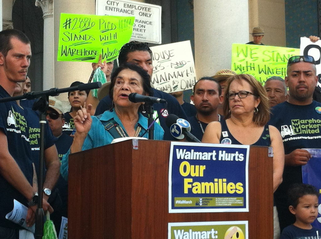 United Farm Workers Co-Founder Dolores Huerta endorsed state Sen. Curren Price for the Los Angeles City Council Monday.