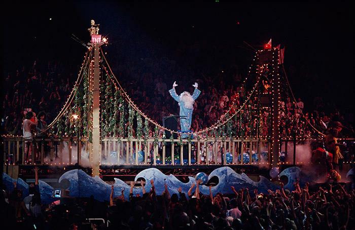 Concert promoter Bill Graham … Fillmore Auditorium, San Francisco, 1986 Photo by Ken Friedman