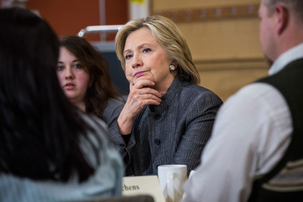 Democratic presidential hopeful and former U.S. Sectetary of State Hillary Clinton speaks with students and faculty of New Hampshire Technical Institute, Concord Community College, on April 21, 2015 in Concord, New Hampshire.