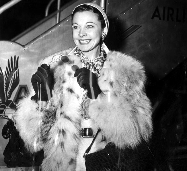 1953: Vivien Leigh and the world's fanciest red/blue 3-D glasses, reportedly purchased in Paris.