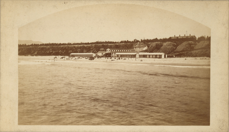 E.G. Morrison (ca. 1827–1888), Roller Coaster at the Arcadia Hotel, Santa Monica, late 1880s. Albumen print, Ernest Marquez Collection. The Huntington Library, Art Collections, and Botanical Gardens.